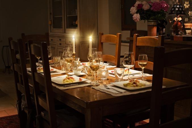 Inviting the Devil to Dinner https://beckielindsey16.com/2016/10/17/inviting-the-devil-to-dinner/